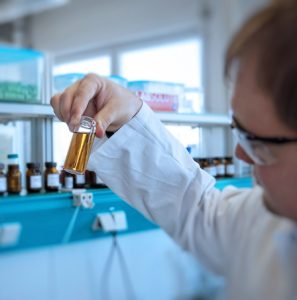 Methodenentwicklung und -validierung bei DSI-pharm, Labor für pharmazeutische Analysen